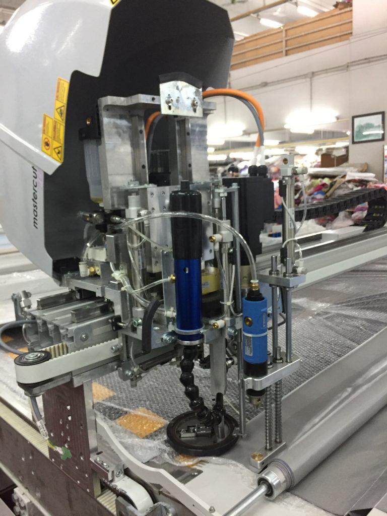 ระบบภายในเครื่องตัดผ้าอัตโนมัติ