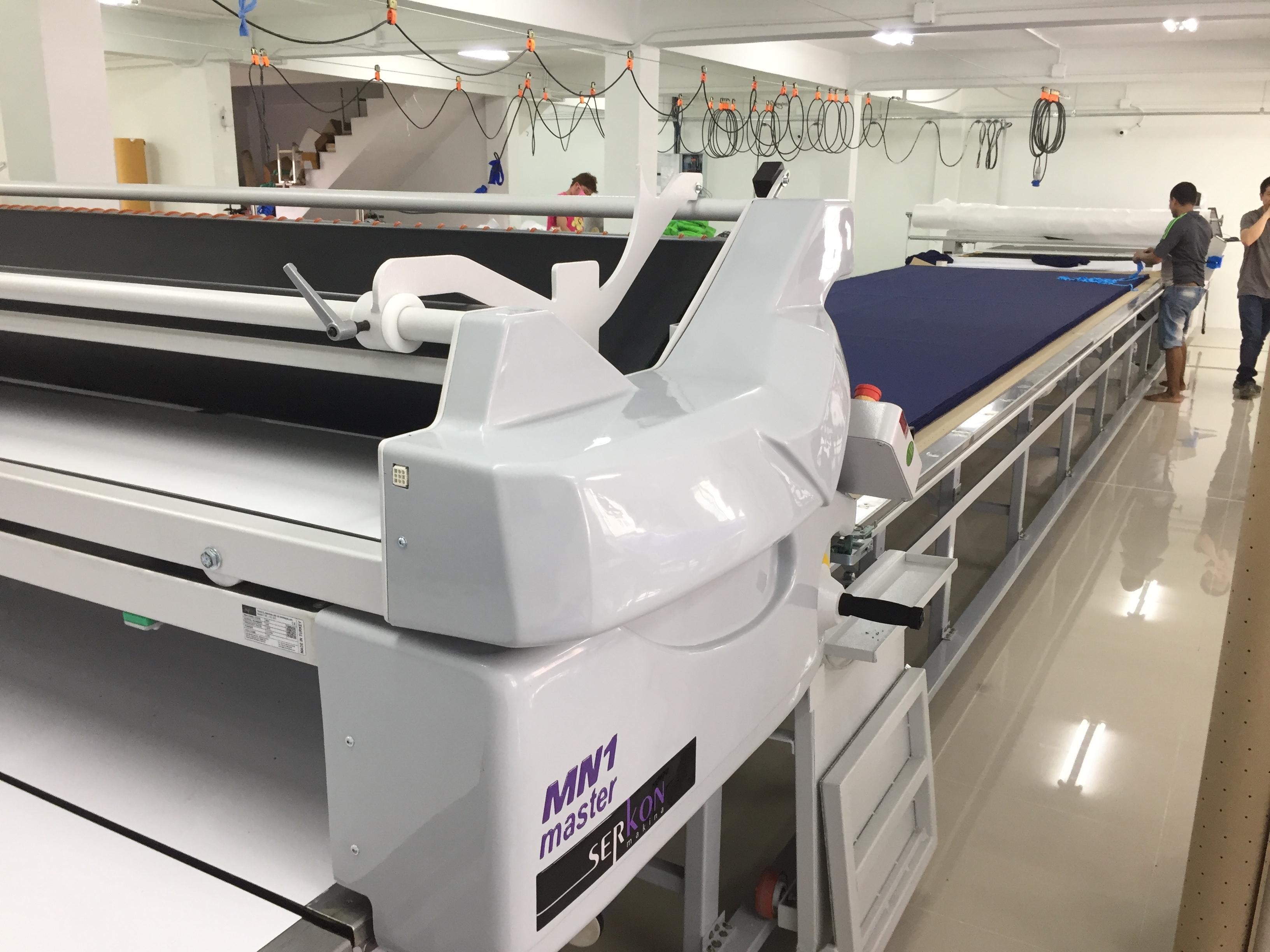 เครื่องปูผ้าอัตโนมัติจากการใช้งานจริง
