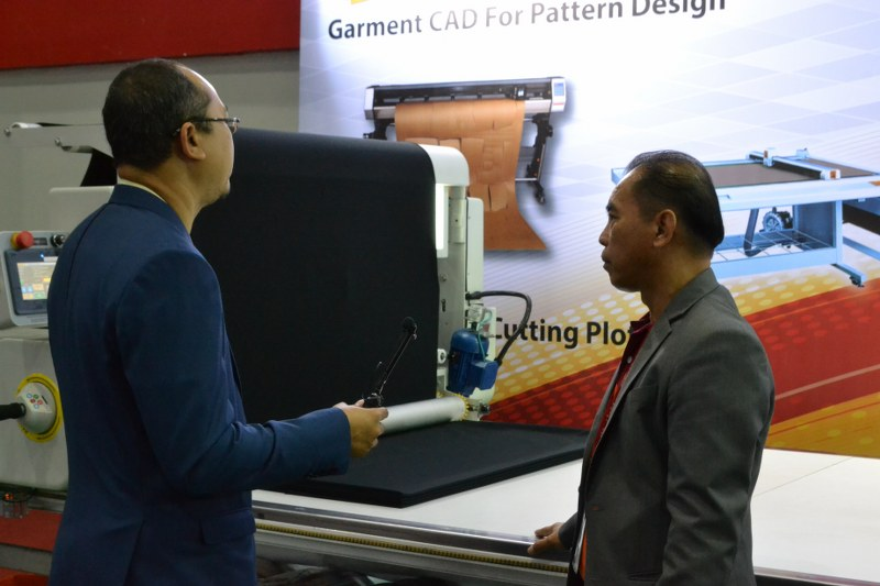 สัมภาษณ์ข้อมูลเครื่องปูผ้าอัตโนมัติงาน GFT 2019